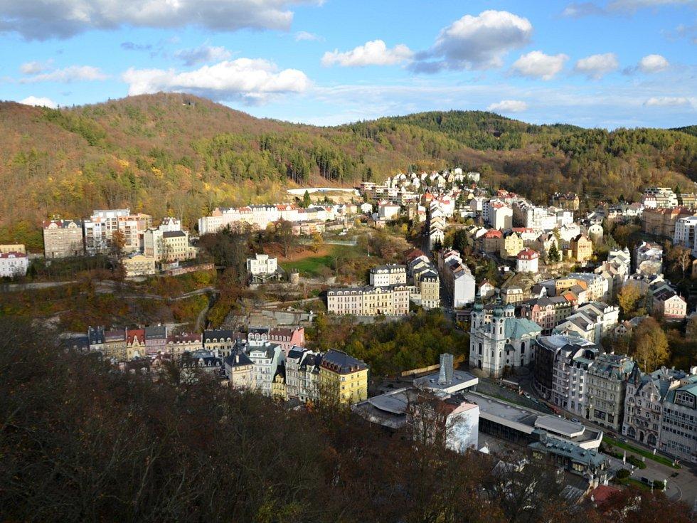 Místo, na kterém vzniklo centrum Karlových Varů, zůstávalo dlouhou dobu mimo zájem populace.