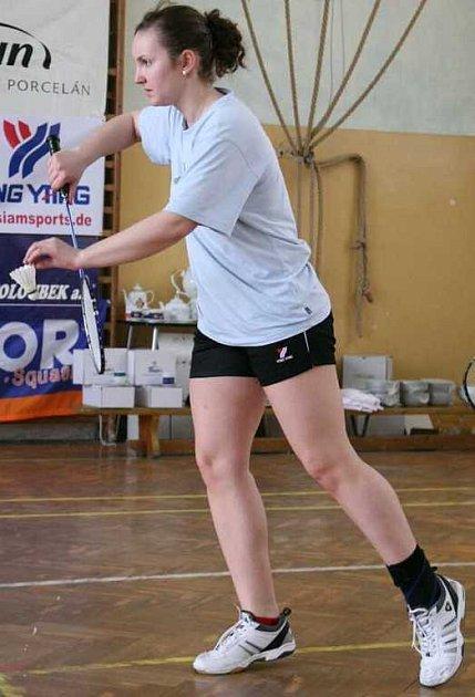 Jde to i mezi dospělými. Po řadě úspěchů v soutěžích mládeže se nejdecká badmintonistka Mirka Růžičková dokázala prosadit i na prestižním turnaji kategorie A dospělých.