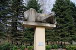 Starají se o válečné hroby i pietní místa