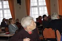 Seminář na téma historie se uskutečnil v neděli v Alžbětiných lázních už poosmnácté. Přednášela i Eva Hanyková.