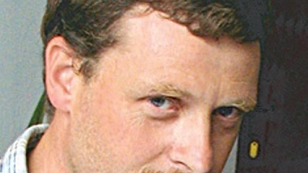 Jiří Schierl, předseda sdružení Pod střechou.