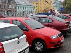 Od ledna budou moci řidiči platit parkovné i mobilním telefonem