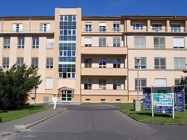 Karlovarskou nemocnici možná čekají změny.