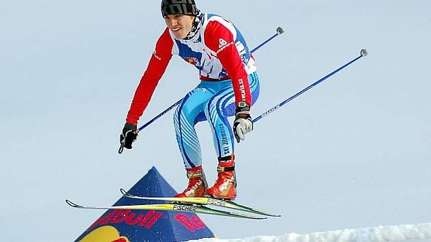 Sobotní den patřil na Božím Daru adrenalinovému skikrosovému Red Bull Nordix 2011 na běžkách.