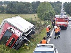 Místo dopravní nehody poblíž Verušiček.