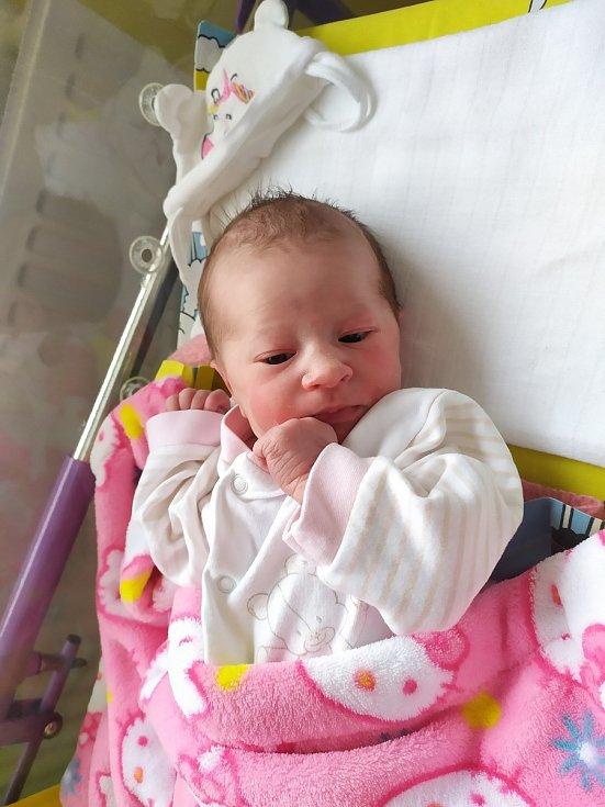 Esterka Feltová se narodila 8. listopadu