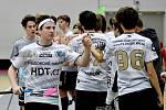 Mládež FB Hurrican Karlovy Vary prozatím, co se týče soutěží, povinně kvůli pandemii koronaviru herně pauzíruje.