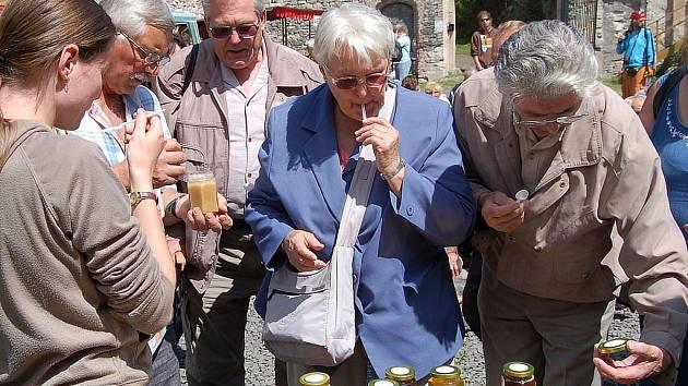 Už potřetí se na hradě Hauenštejn konaly slavnosti Chvála medu.