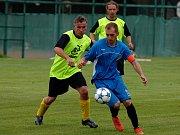 Luby (v modrém) vyhrály na hřišti Sokola Teplá 3:0.