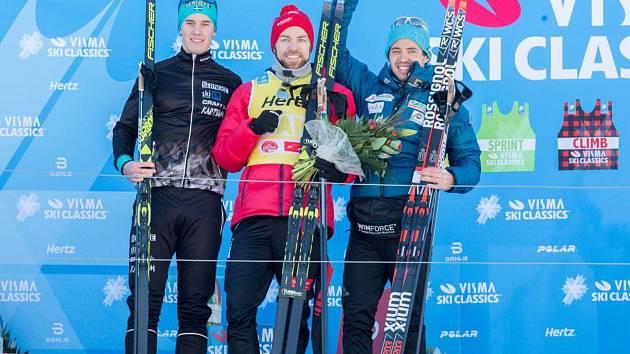 CENNÝ BRONZ. Bauer Ski Teamu to na Kaiser Maximilian Laufu cinklo, když bronz urval Ilja Černousov.