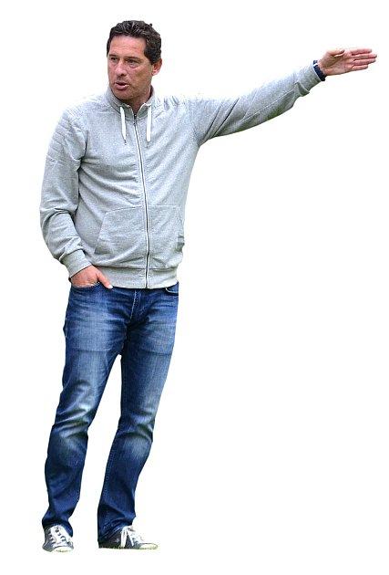 Trenér Karel Tichota.
