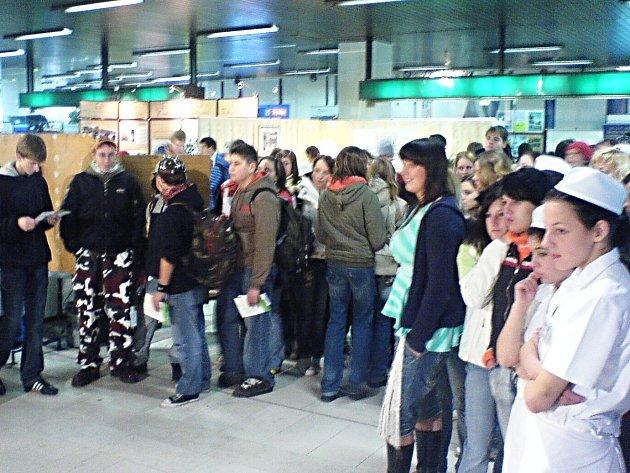 S VÝBĚREM ŠKOLY pomůže třídenní výstava v karlovarském Thermalu, která se vždy těší velké pozornosti veřejnosti.