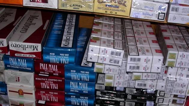 Inspekce odhalila řadu pochybení při prodeji cigaret.