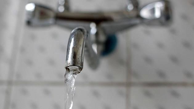 Pitná voda nejen na Karlovarsku od ledna podraží.