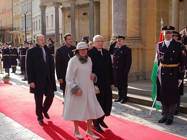 Summit prezidentů visegrádské skupiny v Karlových Varech.