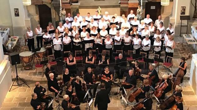 Z Holandska přijede orchestr a sbor, který má sto členů