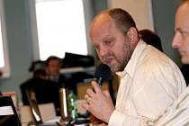 Pro zastupitele Jiřího Kotka (ALTERNATIVA) a další politiky je komunistická ideologie nepřijatelná.