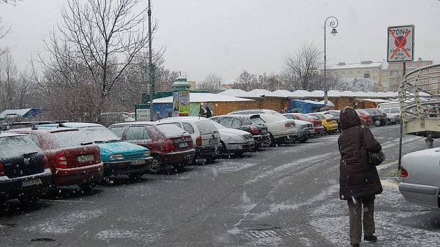 První letošní sníh v Karlových Varech.