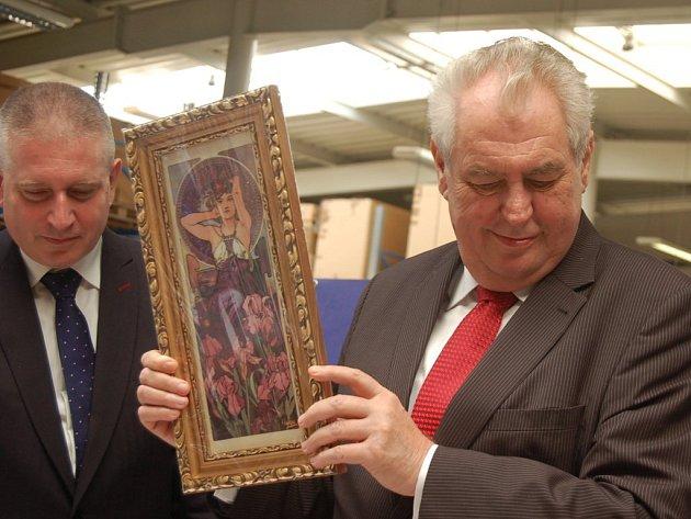 Prezident Miloš Zeman při návštěvě firmy Konig-Porzellan Sokolov.