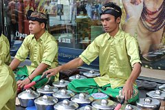 Folklorní festival - soubor z Indonésie