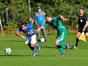 Jediné krajské derby v rámci Fortuna Divize bude k vidění od 14.00 hodin v sobotu 10. listopadu na stadionu FK Ostrov, tam dorazí Olympie Březová.
