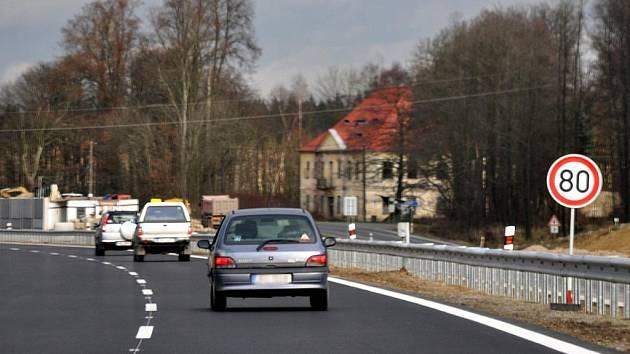 Rychlostní silnice R6.