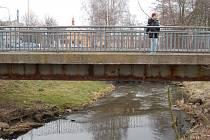 Chodovský most ve Dvorech ještě před opravou.