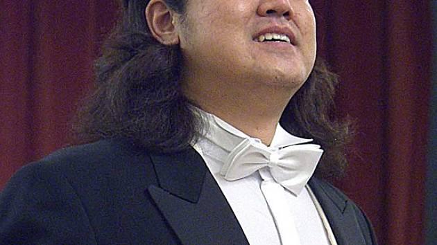 Soongoo Lee, Jižní Korea, vítěz 42. ročníku pěvecké soutěže