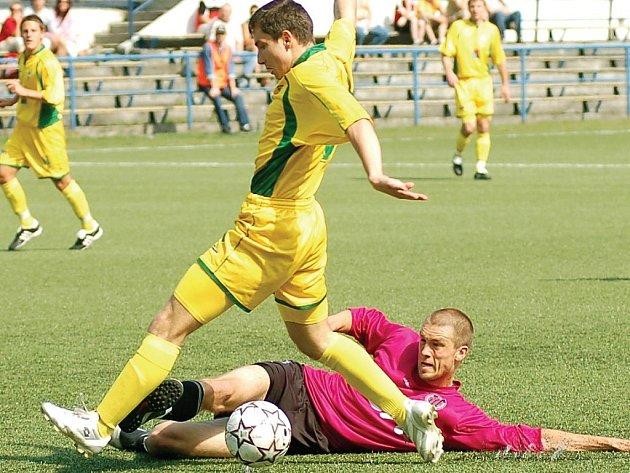 BULDOCI OPĚT NEKLOPÝTLI! V domácím prostředí porazili rezervu Českých Budějovic 2:1, a svou šňůru neporazitelnosti na svém stadionu tak protáhli na úctyhodných třináct utkání v řadě.