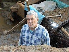 Na Vladaři probíhá archeologický výzkum dřevěných konstrukcí z 5. století před Kristem. Výzkum provádí Archeologický ústav pod vedením Miloslava Chytráčka.