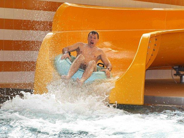 Krytý bazén v Karlových Varech má za sebou kontrolu kvůli čerpání dotací. Dopadla dobře.