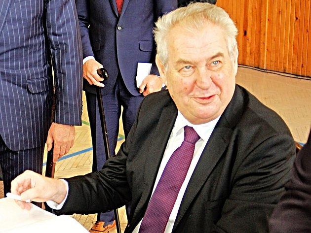 Prezident České republiky Miloš Zeman poskytl Deníku exkluzivní rozhovor.