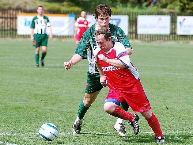 V dohrávaném utkání III. třídy vydoloval Pernink nad Merklínem na domácím hřišti tři body za výhru 1:0.