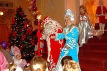 Karlovarský Grandhotel Pupp se stal o uplynulé sobotě dějištěm oslav pravoslavných Vánoc. Sešly se stovky lidí.