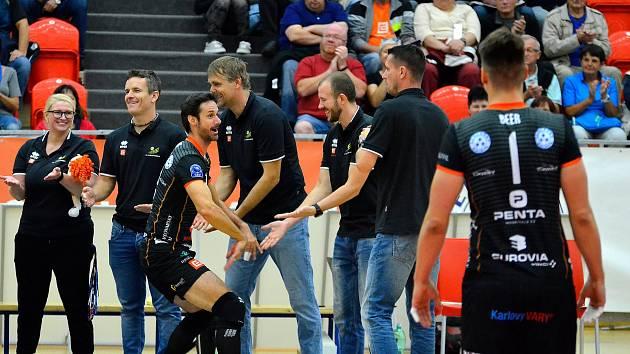 TŘETÍ VÝHRA. Karlovarsko urvalo v UNIQA extralize mužů třetí výhru, tentokrát však byla z kategorie vydřených, když na palubovce Brna vyhrálo po pětisetové bitvě 3:2.