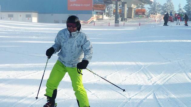 O víkendu bude v provozu většina skiareálů v Karlovarském kraji, podmínky pro lyžování jsou dobré.