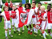 Fotbalové Mini Euro 2017 ve Františkových Lázních a německém Rehau ovládl Ajax Amsterdam