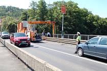 Kontrola na Chebském mostu.