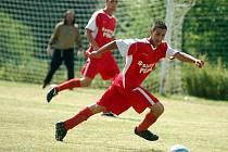 První ročník fotbalového turnaje O pohár obce Stružná ovládli na hřišti v Žalmanově hráči pořádající Stružné. Druhé místo obsadila Kyselka a bronz získaly Verušičky.