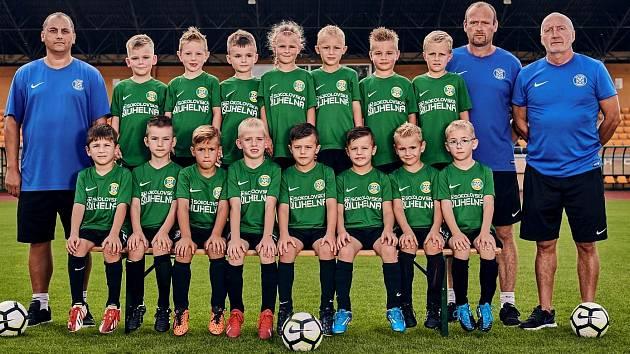 FK Baník Sokolov U7 se prezentuje v okresním přeboru mladších přípravek, kde nastupuje proti starším účastníkům.