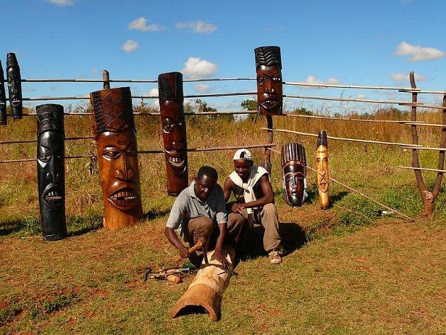 Při svých cestách se Andrea a René v Zambii setkali se zajímavými a zručnými domorodci