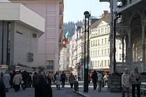Pozitivním šokem je loňský nárůst lázeňské klientely v Karlových Varech. Počty hostů lámaly veškeré rekordy za poslední léta a i za období před rokem 1990.