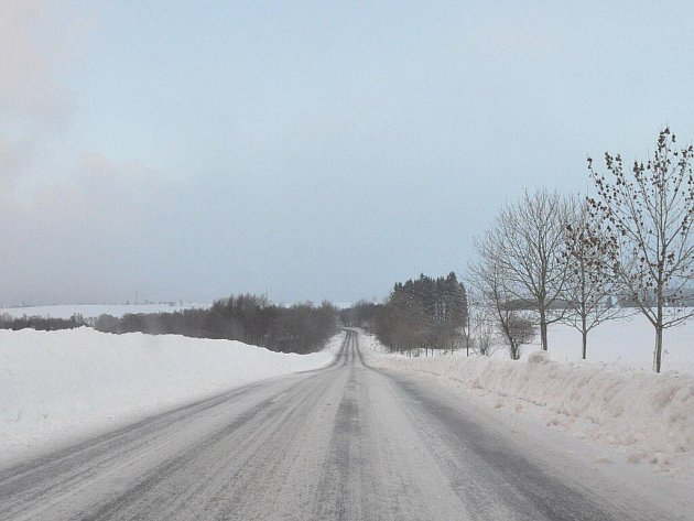 Zavátá silnice mezi Bečov nad Teplou a Mnichovem u Mariánských Lázní. V sobotu 11. prosince byla neprůjezdná. V pondělí 13. prosince se dala normálně projet