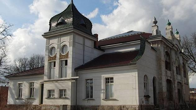 Bývalá Knollova vzorkovna porcelánu je od roku 1999 kulturní památkou.