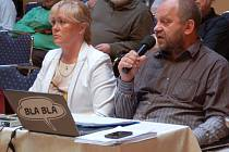 Do ostrého sporu se dostali opoziční zastupitel Jiří Kotek s primátorem Petrem Kulhánkem