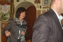 Byla řešit Kyselku. Náměstkyně ministryně kultury Anna Matoušková se zúčastnila jednání se zástupci Karlovarských minerálních vod i dalších zainteresovaných lidí.