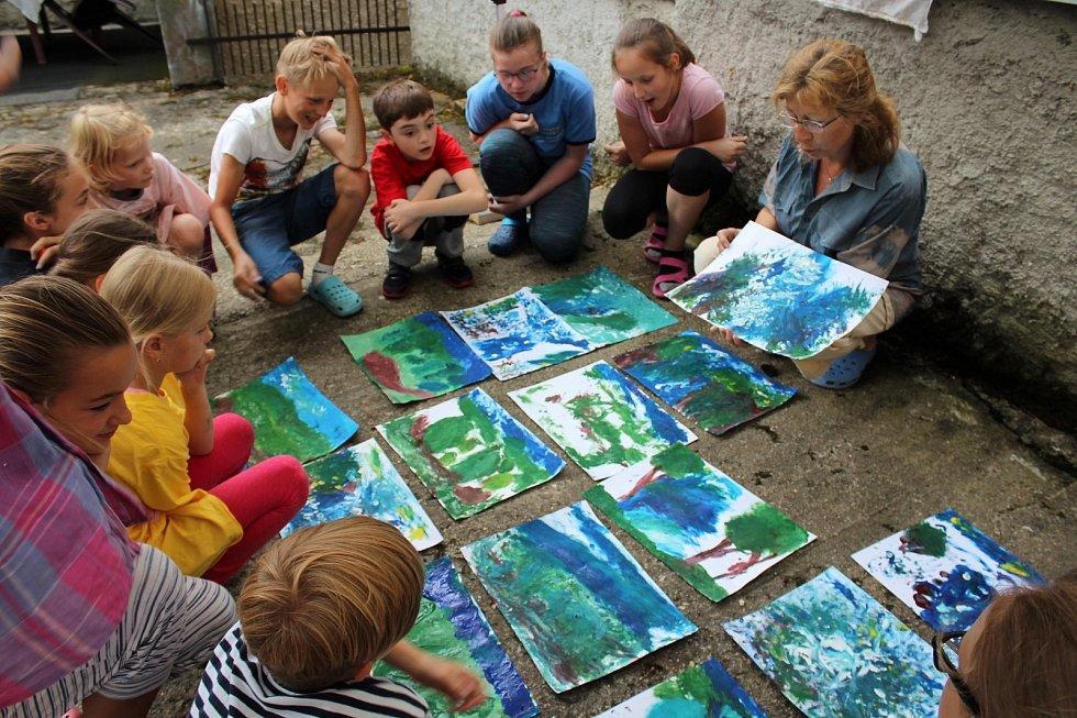 Příměstský tábor ve výtvarném duchu připravila také Galerie umění v Karlových Varech.