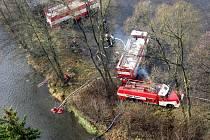 Na Státním hradě a zámku Bečov proběhlo ve středu 2. prosince prověřovací cvičení jednotek požární ochrany Karlovarského kraje.