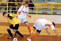 Futsalový zápas sokolovské Materie s karlovarskými Draky.
