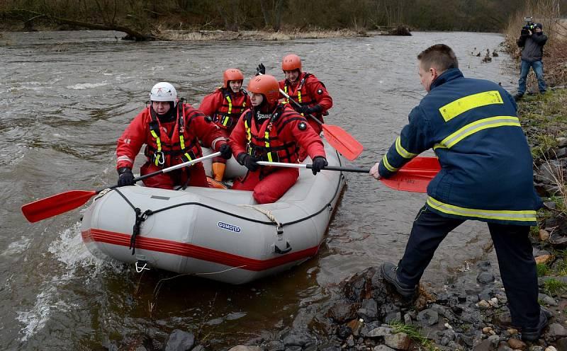Pátrání po ztraceném vodákovi je stále neúspěšné
